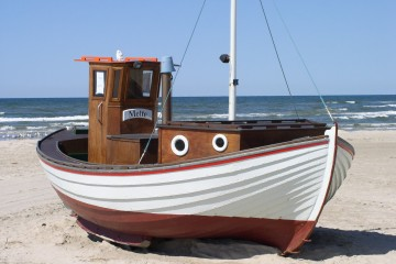 fishing-boat-49523